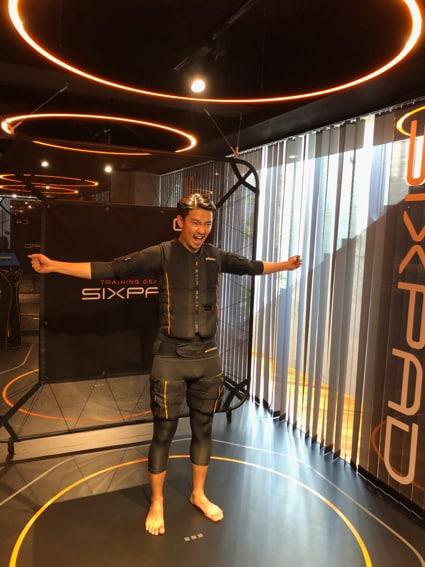 話題の近未来型ジム「SIXPAD STATION」を体験してきました!スライダー2_3