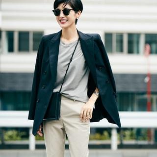 「黒ジャケット」で作る、マニッシュなのに女性らしい秋の装い