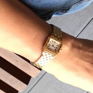 【カルティエの名品ウォッチ】腕時計の手元コーディネートと新作カタログ