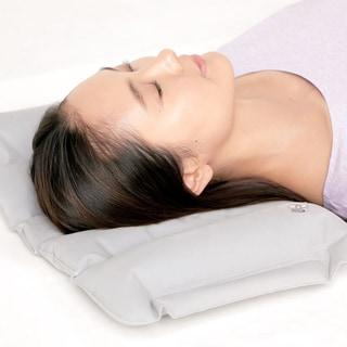 肩こりや不眠で悩む人は「低い枕」で寝るべき3つの理由