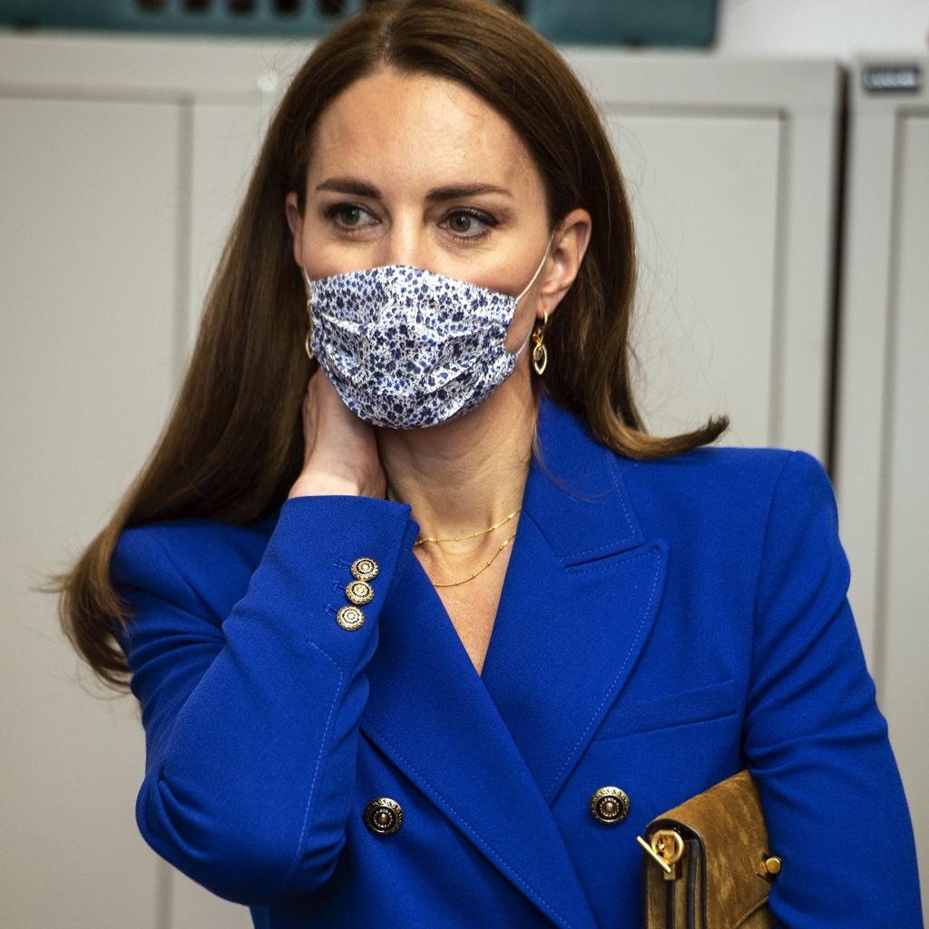 キャサリン妃「ZARAのジャケット」着こなしの華麗なる変化