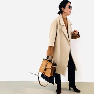 甘いコートに四角いバッグ。ヴァンテーヌの甘辛バランスは永遠【大草直子】
