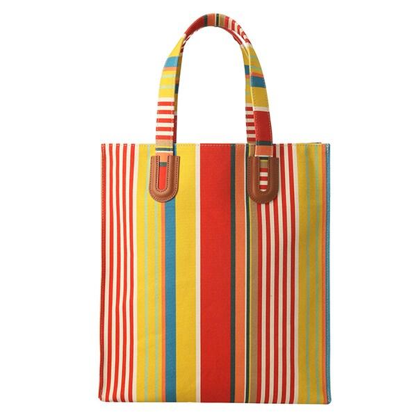 【1万円台まで】「ご近所バッグ」はカラフルに。気分が上がるお手軽バッグ16