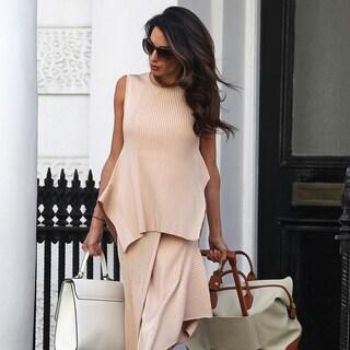 アマル・クルーニーの最新スタイルに学ぶ、大人ピンクの着こなし術