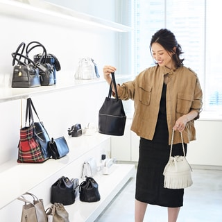 山根亜希子が愛してやまないバケツ型バッグ、次に欲しいのはコレ!【第2回】