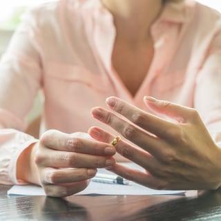 【離婚カウンセラーが指南】後悔しないための離婚のベストタイミングとは