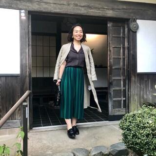 初夏のお宅訪問!リネンシャツとニットスカートで伺いました