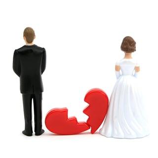 「結婚してはいけない」パートナーの特徴。モラハラ・DV男性をチェックリストで見抜こう