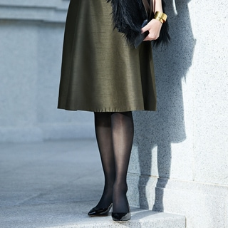 寒い季節のお出かけ服、タイツの成功ルール