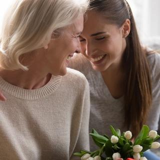 31歳で母と同居に待った!親の介護と自分の将来で迷う女性へのアドバイス