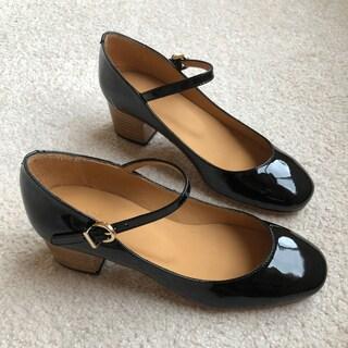 秋の買い物は足元から。子育て中でも気分の上がる華奢な靴を履きたくて