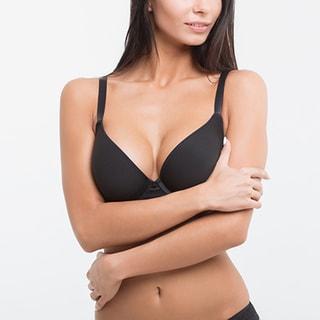相談しにくい乳首の黒ずみ、くすみの美白方法とは?
