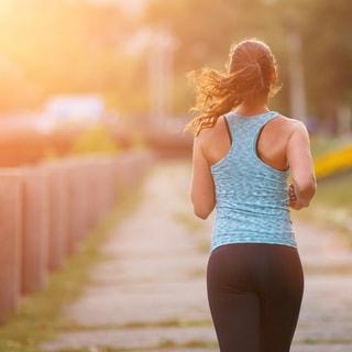 【初夏のUVケア】散歩・ジョギング時は要注意!塗る・飲むベストアイテムは?