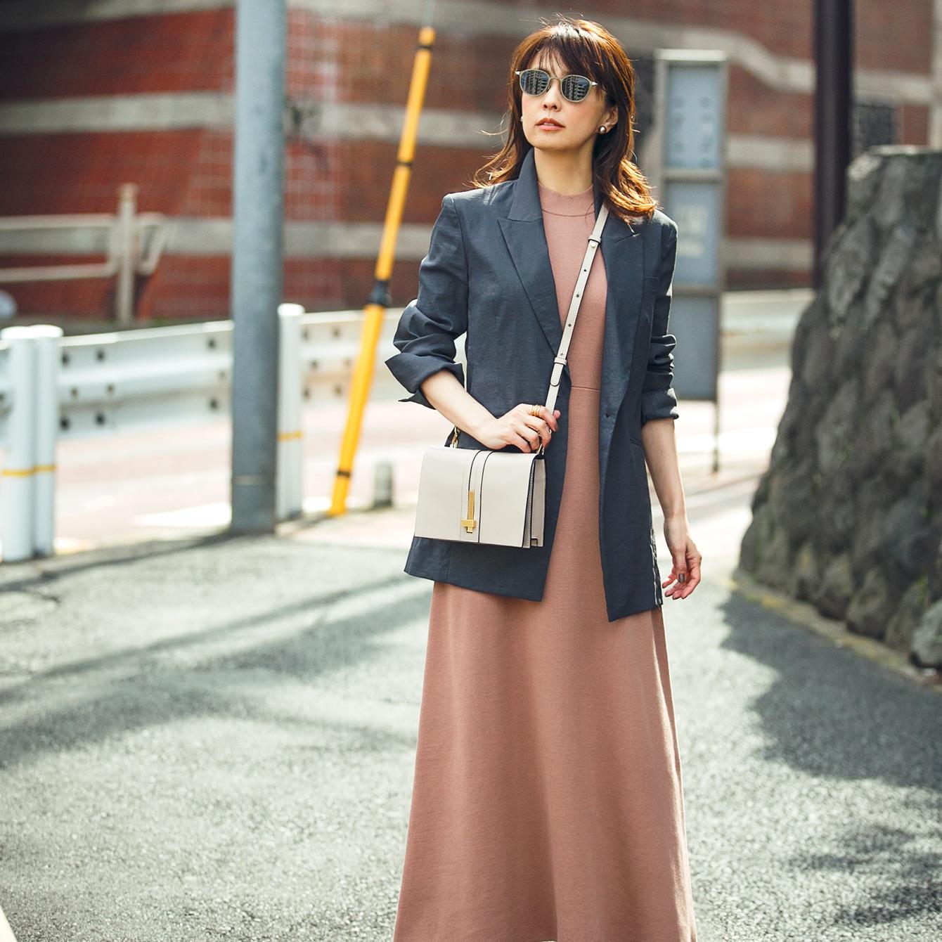 【小林麻耶】大人に必要なベーシックジャケット、おさえておきたい色、形、着方の3つのポイントとは?