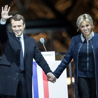 究極の夫婦愛!? 新フランス大統領マクロン氏と24歳年上のファーストレディの純愛ストーリー