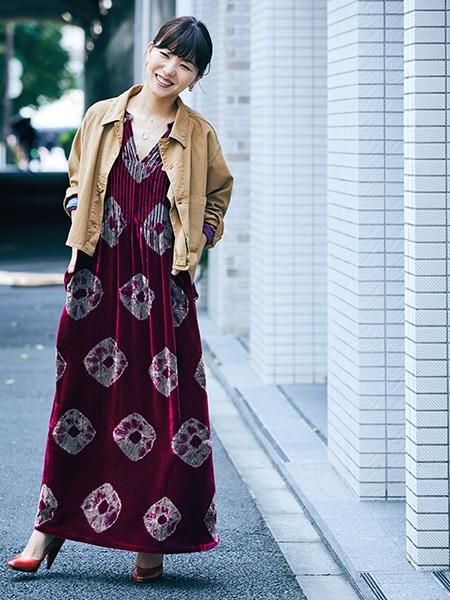 ロングセラーのジャケットを羽織ってエレンガントなドレスを日常にスライダー1_1