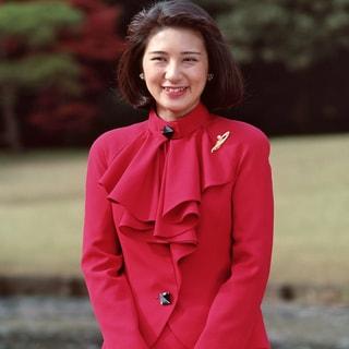 雅子さま57歳に...お誕生日の華麗な装いと笑顔を振り返る