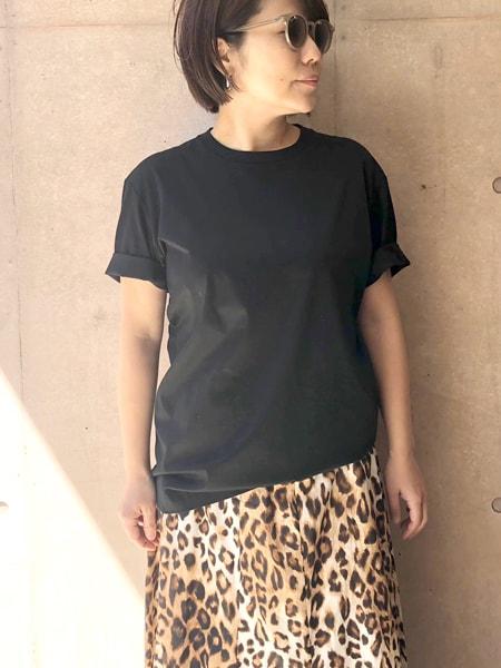 今年着たいTシャツは「ダークカラー」スライダー1_2