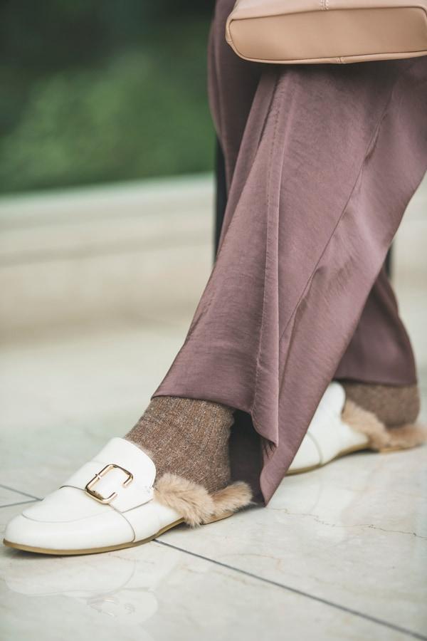 靴とボトムの「隙間」問題。おしゃれに決まるコツとは?【冬の足元】スライダー3_2