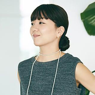 【40代髪型】「ぱっつん前髪」なら顔立ちくっきり!