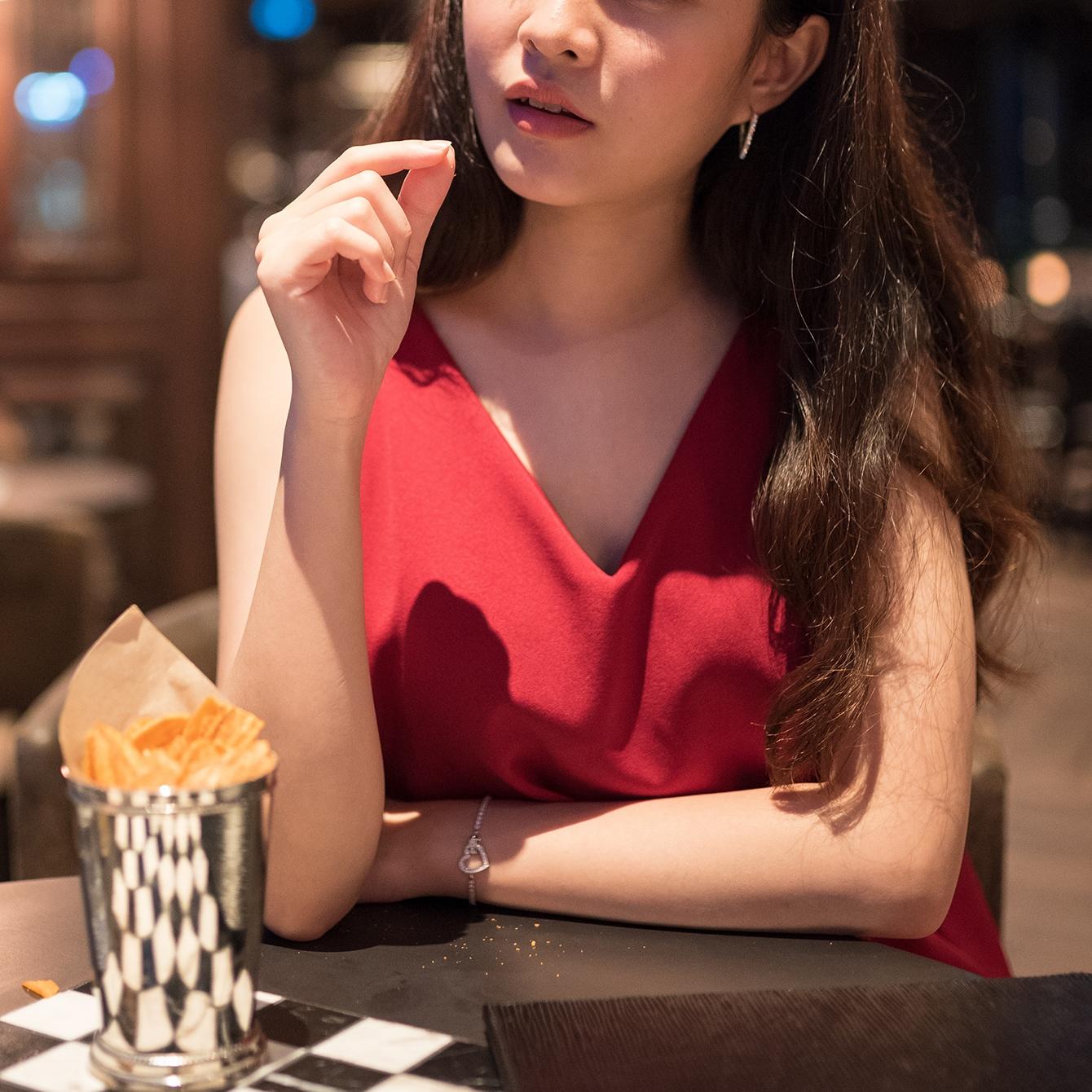 「こんなの初めて…」なワケない!百戦錬磨の33歳女が医者とのデートで悟った現実