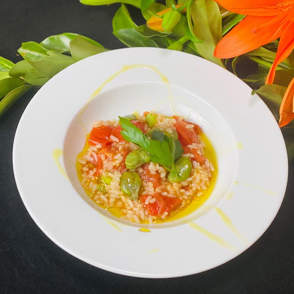 トマトとそら豆の玄米リゾット【体が喜ぶヴィーガンレシピ】