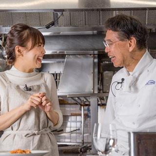 【料理の腕前、星いくつ?】小林麻耶さんが習うパスタの基本「絶品トマトソース」