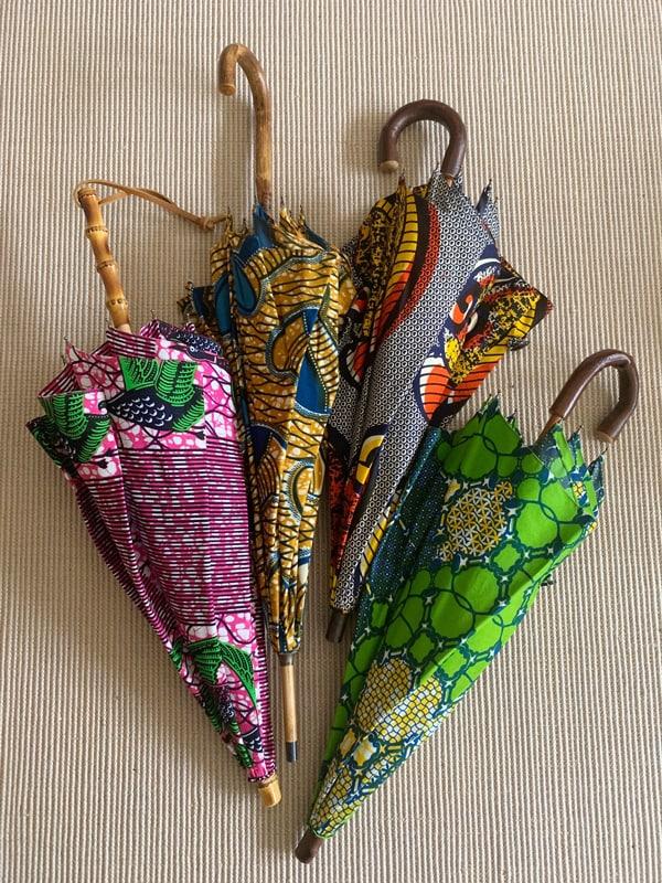 50代からのおしゃれ学。雨の日を楽しむコツはお気に入りの傘にアリスライダー1_2