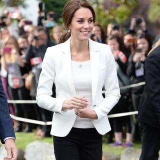 キャサリン妃の節約コーデ「2枚のZARAのジャケットを着回し」