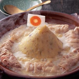 【簡単変わり鍋レシピ】3種の芋で「芋山くずし鍋」