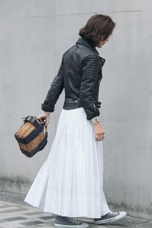 子育て中の母こそ、 白スカートがいい理由【5日間コーディネート】スライダー1_2