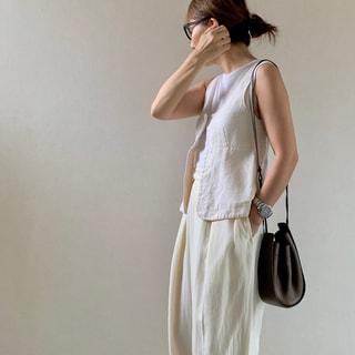 「白パンツ」が主役の夏のホワイトスタイル【スタイリスト斉藤美恵さん】