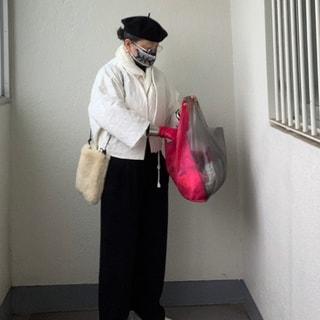 【50代ファッション】2月に春物を着る裏技は、ユニクロのインナーダウン