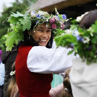 白夜を楽しむ、ラトビアの夏至祭