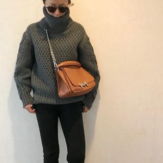 大好きなキャメルレザーのバッグ by斉藤美恵