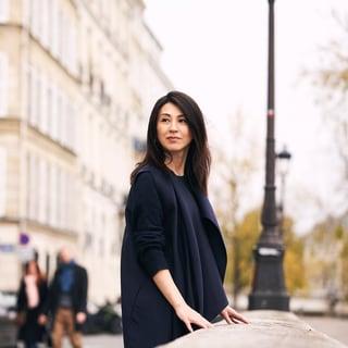 50歳を迎える雨宮塔子さん「パリでは女としてどう成熟していくか試されてる」