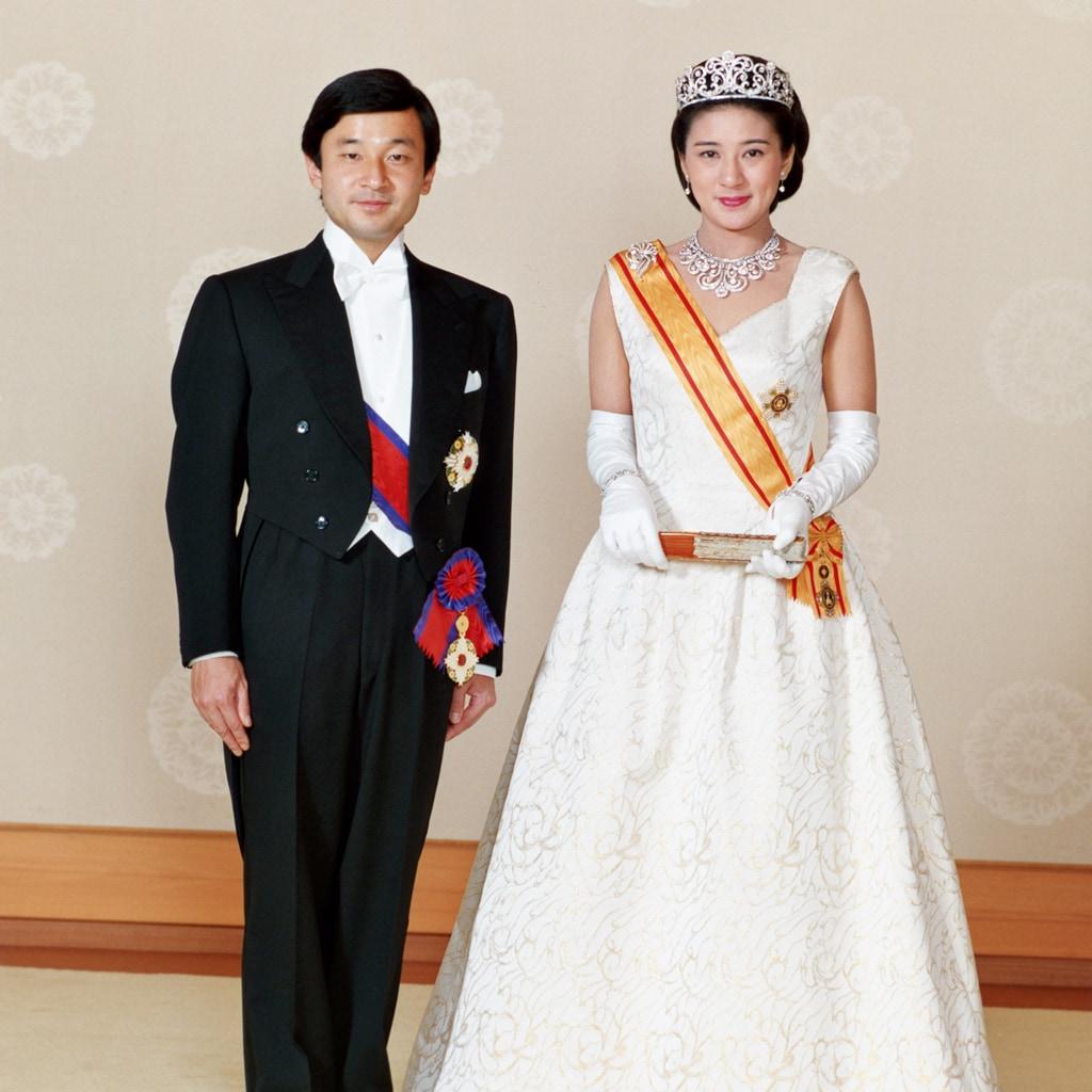即位祝賀パレード前に振り返る、雅子さまの華麗なるドレス5選