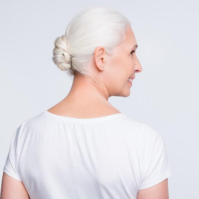 「グレイヘア美人」か「ヤマンバ白髪」か。分かれ目となるポイントは?