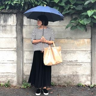 雨の日が待ち遠しくなるデニム地の傘