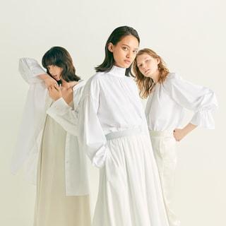 白シャツだけで12型!デビューブランド「ハッシュ ニュアンス」が話題!