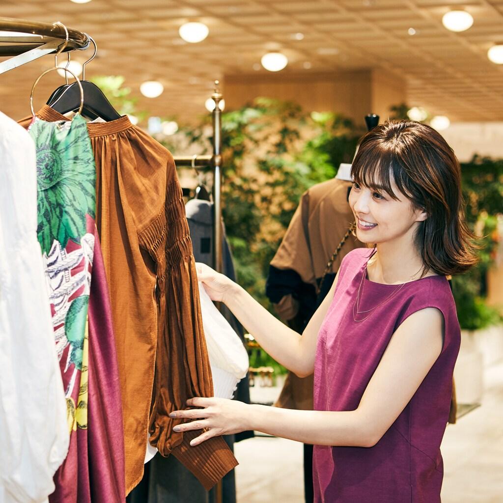 【小林麻耶さんの似合う服探し】40歳相応のフェミニン服を知りたい!