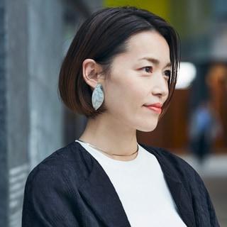 【40代髪型】小顔効果大!モードな「耳かけボブ」20選
