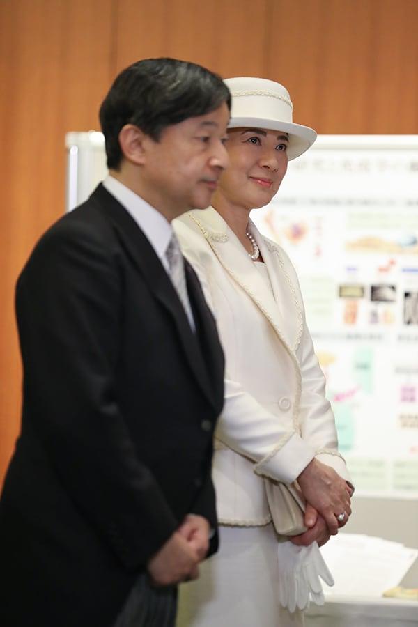 【雅子さまファッション2020】人気ベスト5はご一家の愛と絆がスライダー1_4