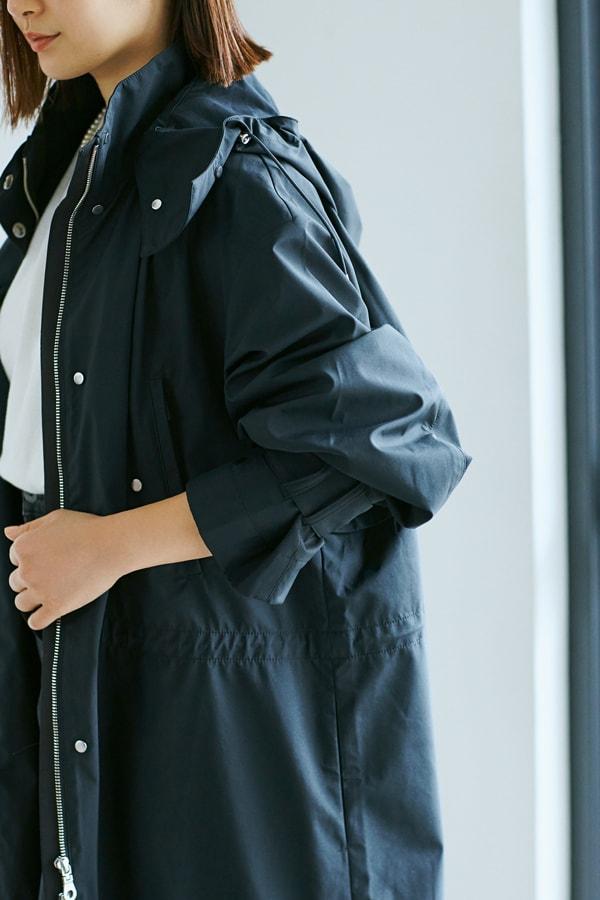 今春のコートは、300日着られる黒のスポーティタイプを選択【スタイリスト川上さやか】スライダー1_2