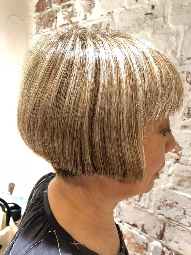 白髪 を 生かし た カラー リング
