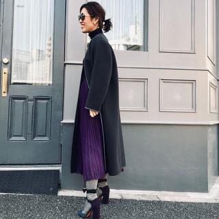 大草直子、スカートはこの2枚。アコーディオンプリーツ、プリントマキシで