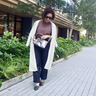 サングラスと羽織ものの季節です by川良咲子