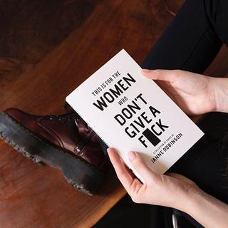 【ウーピー・ゴールドバーグ】知性で社会を動かす女性コメディアン