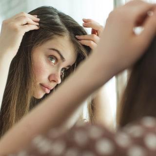 ズバリ質問「白髪は黒く戻せるの?」に対する医師の回答