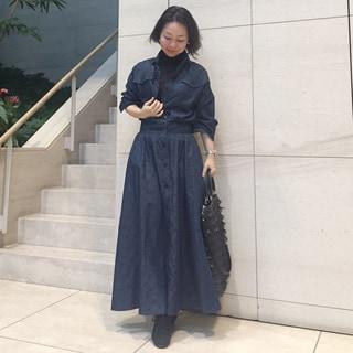 SINMEのデニムワンピースでただいま、ミモレ♡ by川良咲子